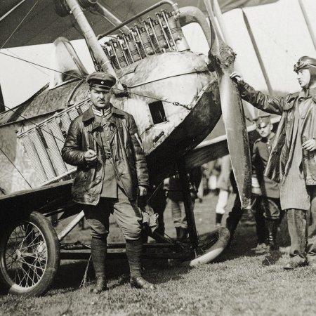 094 German Flight Crew