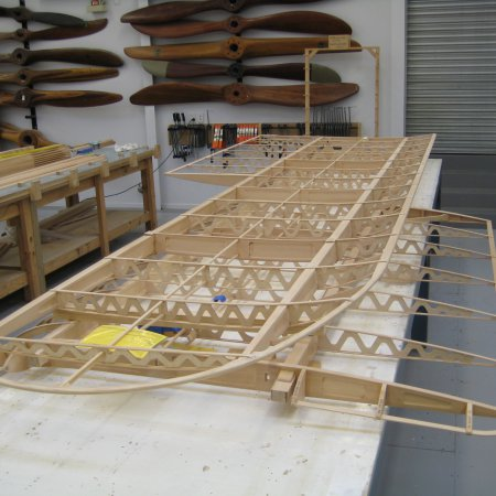 BE 2 C 069 Wing