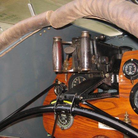 F 2 B Walkaround 065
