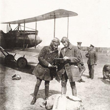 063 Albatros With Pilots
