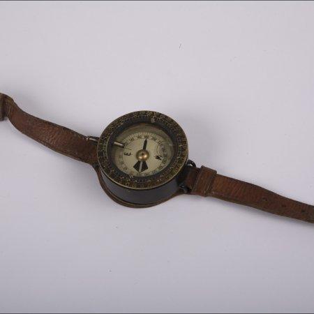 Pilots Possessions 004 RFC Wrist Compass